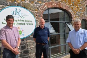 Conrad Ferris (AFBI), Jim Uprichard (Trouw Nutrition) and Gordon Donaldson (John Thompsons and Son Ltd), discuss the research partnership